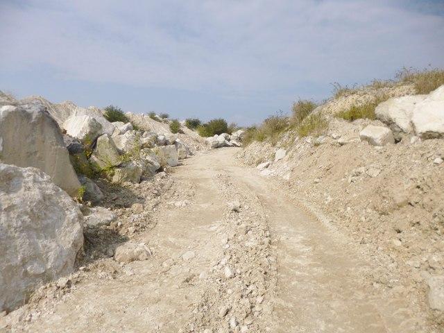 Independent Quarries, quarry road