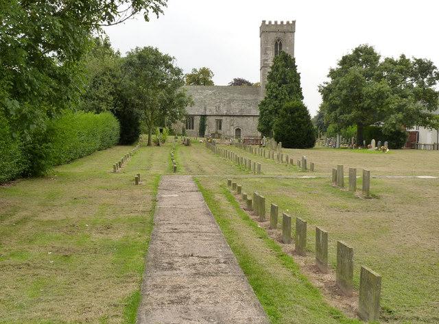 Churchyard, All Saints, Rampton