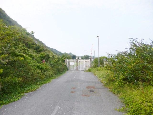 Grove, security gates