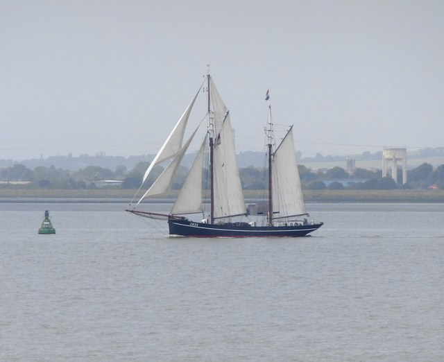 The Dutch ketch 'Iris' entering the Lower Hope