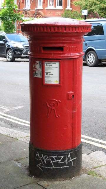 Victorian postbox, Southdown Avenue / Florence Road, BN1