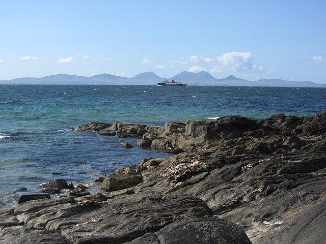 Shoreline, Ronachan