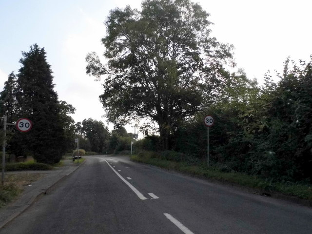 Frog Grove Lane, Wood Street Village