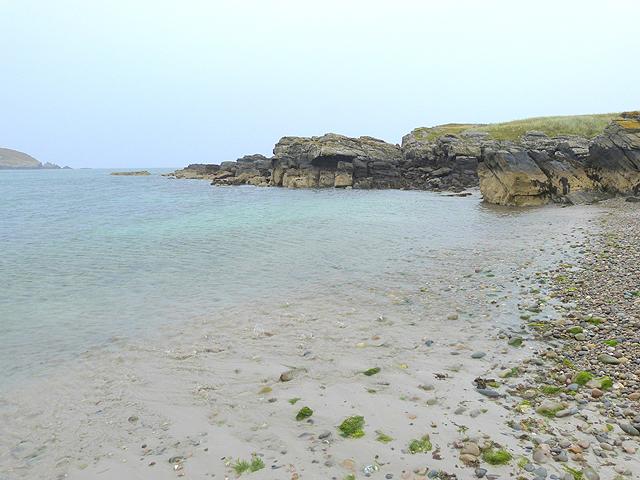 Eastern end of Sainaigmore Bay