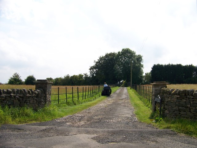 Road to Greenfield from the B6318