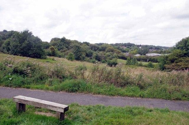Seat in Hartshill Park