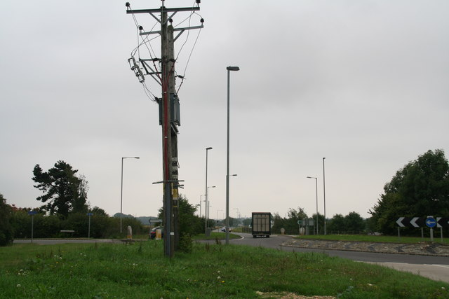 Power lines by the A15 roundabout (junction with Horncastle Lane)