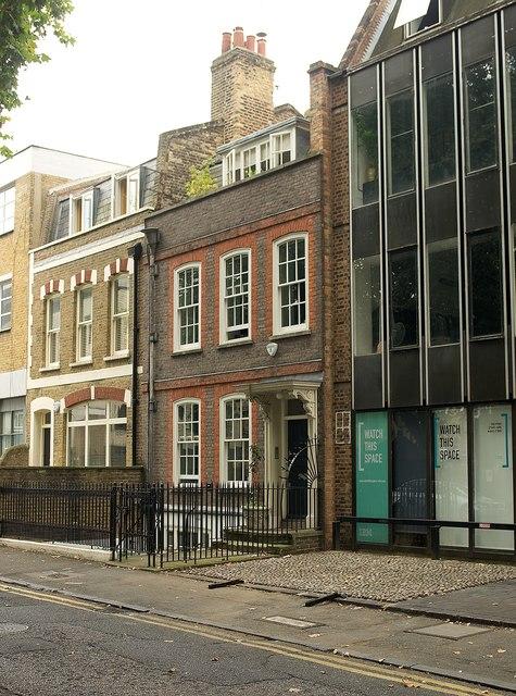 No. 32 Hoxton Square
