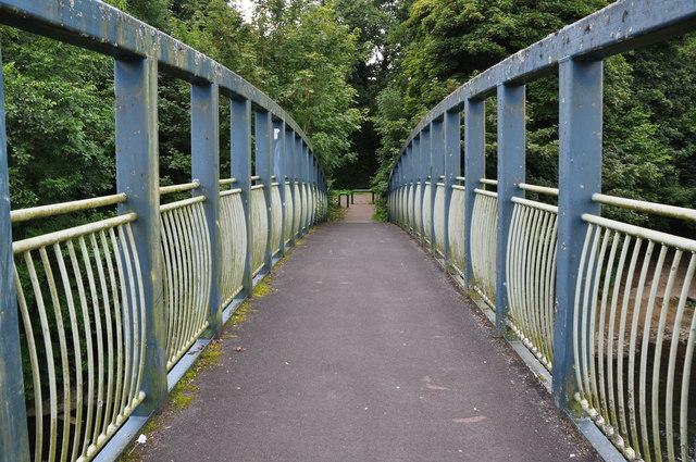 Bridgend : Footbridge