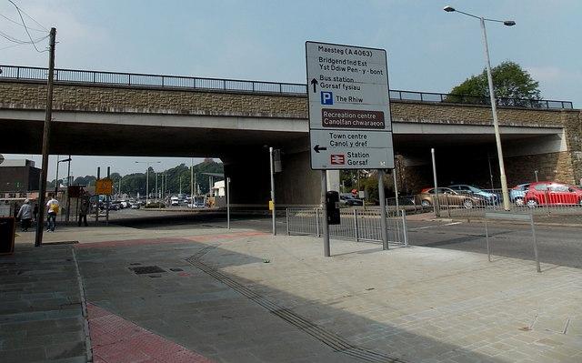 Railway bridge over the A4061 in Bridgend