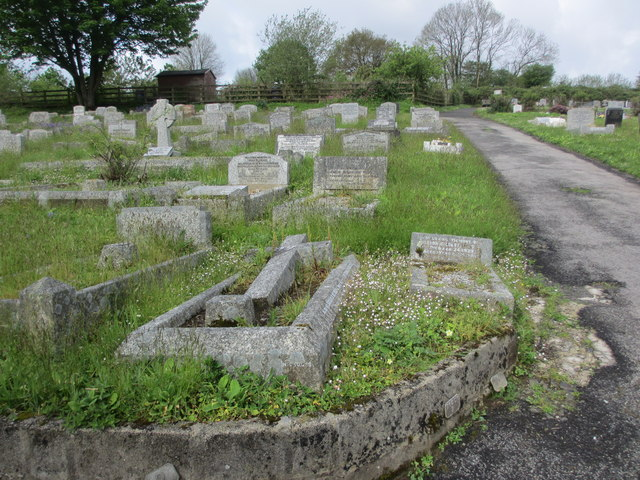 Central section Castle Hill Cemetery