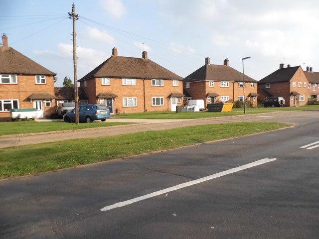 Houses on Larch Avenue, Bellfields