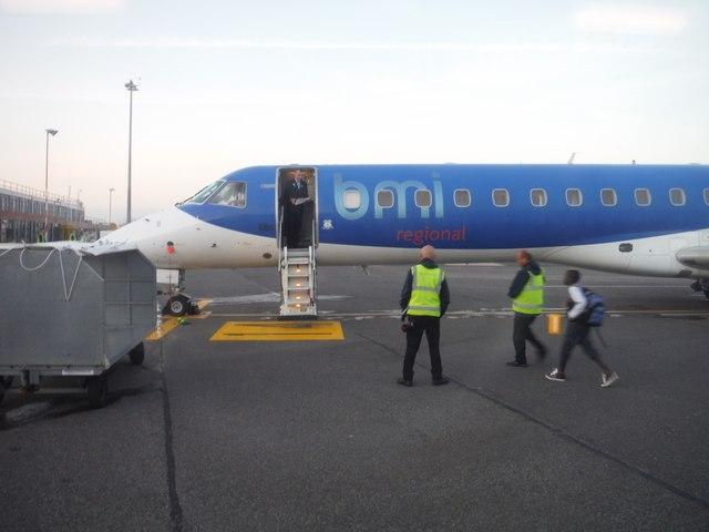 Bristol International Airport : BMI Regional Jet