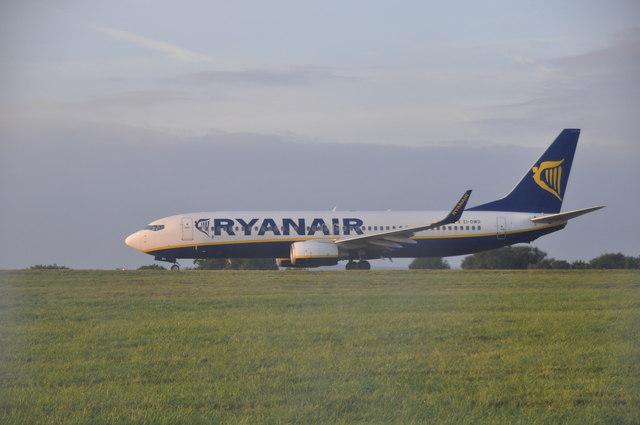 Bristol International Airport : Ryanair Jet