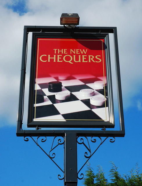 The New Chequers (2) - sign, 129 Astwood Road, Worcester