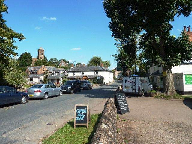 Hoarwithy near the New Harp Inn