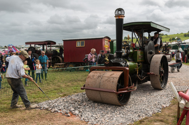 Road building at the Great Dorset Steam Fair 2014