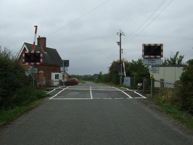 Buslingthorpe Level Crossing