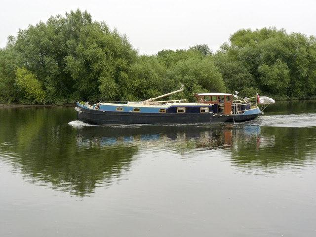 Barging down the River Trent