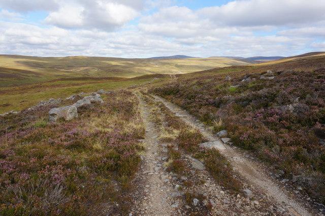 Track towards Ruichlachrie