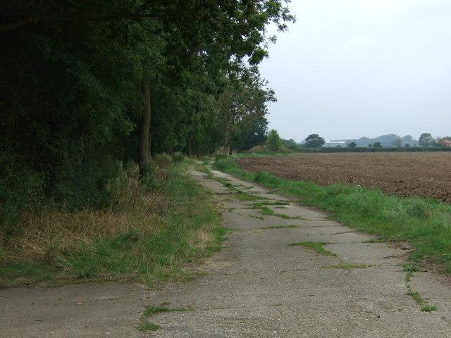 Farm track near Top Farm