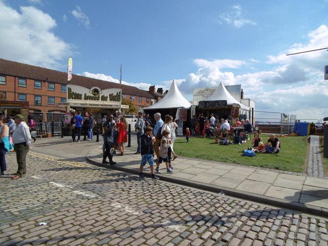 Stalls on Wellington Street, Hull