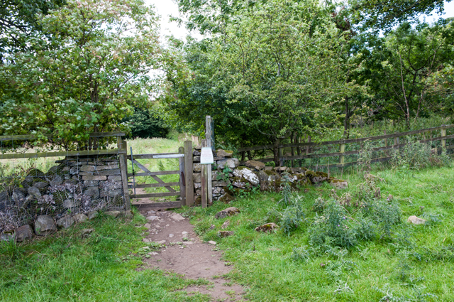 Gate on path to High Thoresby