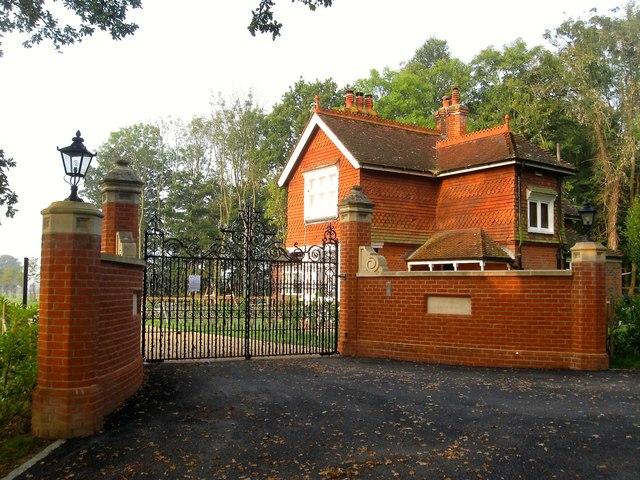 North Lodge, Bob Lane