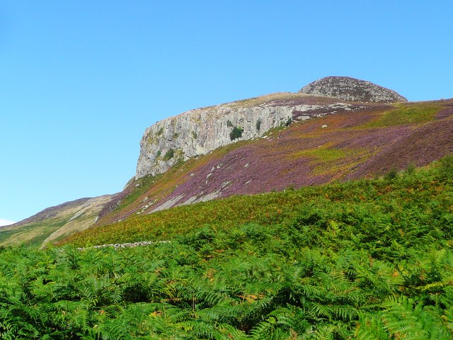 Crags to the west of Mullach Mor on Holy Isle