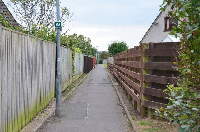 Borders Abbeys Way in Kelso's suburbs