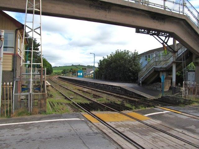Ferryside station