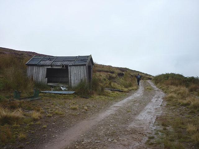 Derelict shooting hut, Hareden