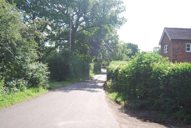 Narrow lane near Hever