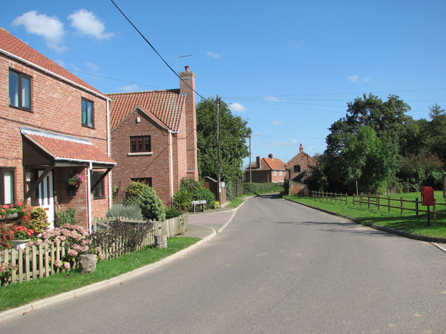 View along Chapel Lane