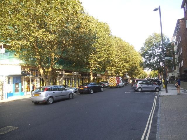 Shops on Sheen Road, Richmond