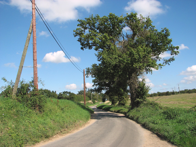 View along Tuttington Road