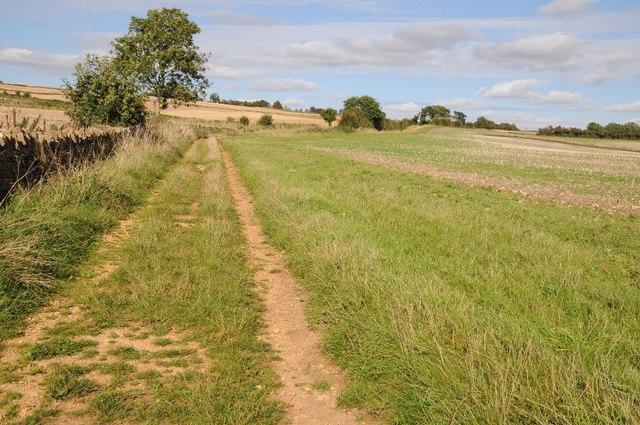 Footpath to Sundial Farm