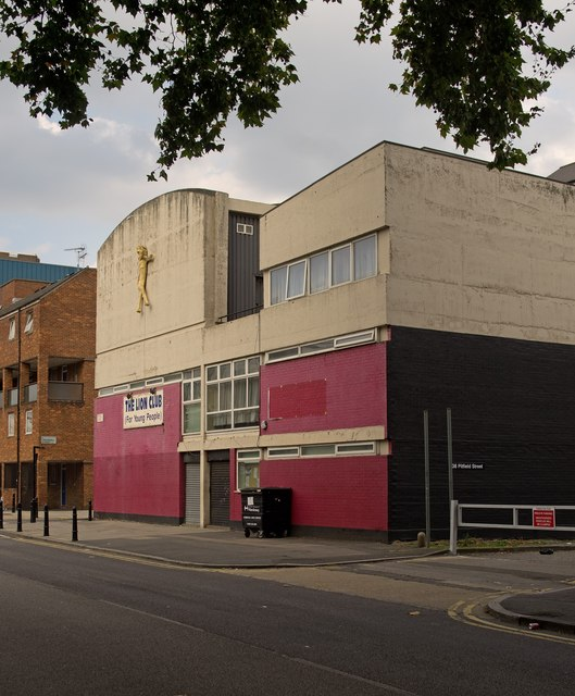 The Lion Club for Young People, Hoxton