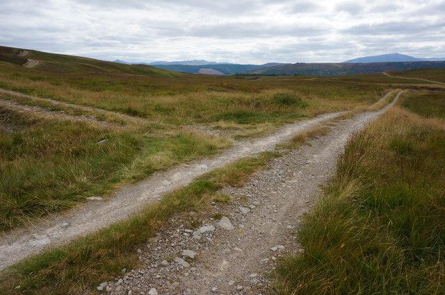 Track junction, Gleann a' Chrombaidh