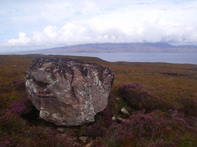 Huge isolated boulder east of Cnoc Scoraig, Ullapool