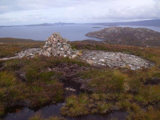 Cnoc Scoraig summit cairn looking north-east