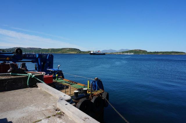 View across Oban Bay