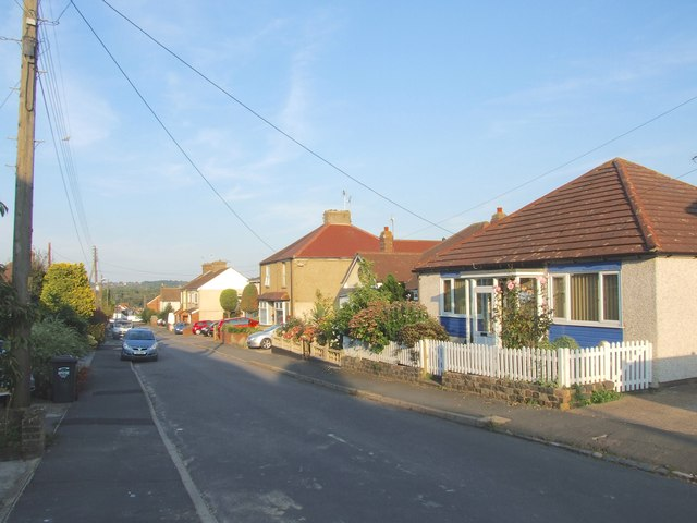 Mill Road, Hawley