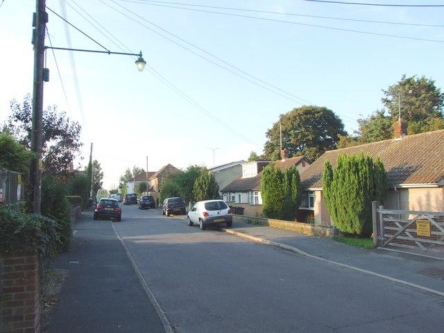 Ash Road, Hawley