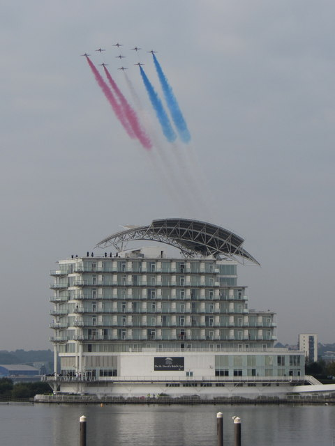 Red Arrows display over Cardiff Bay