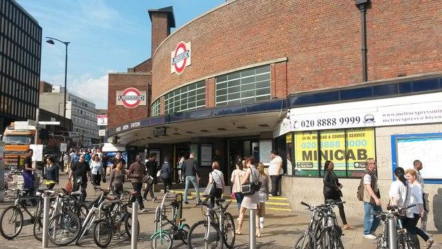Wood Green tube station