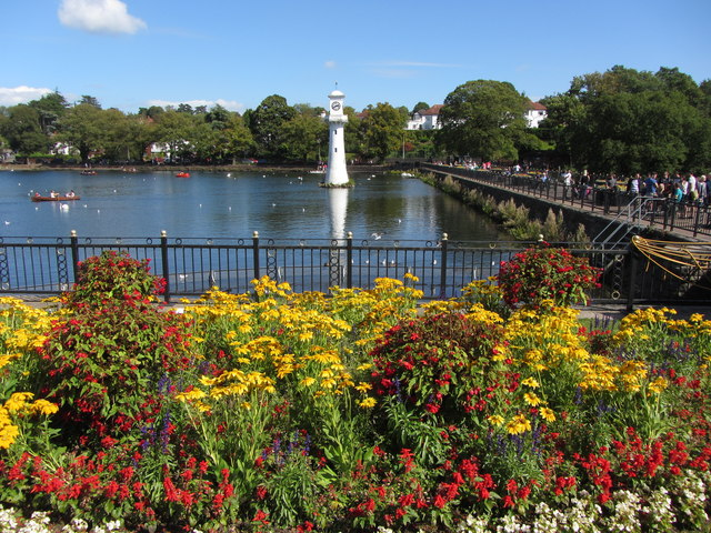 Colourful display in Roath Park
