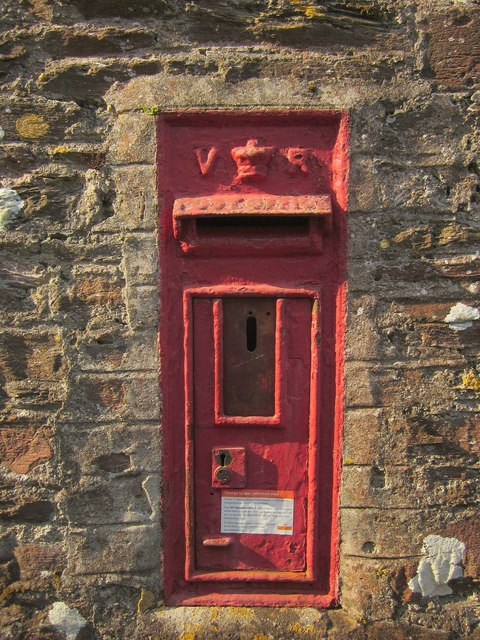 Victorian postbox, Dartmouth