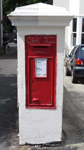 Victorian postbox, Springfield Road, BN1
