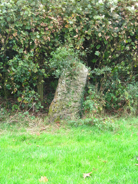 Standing stone near Gilfach